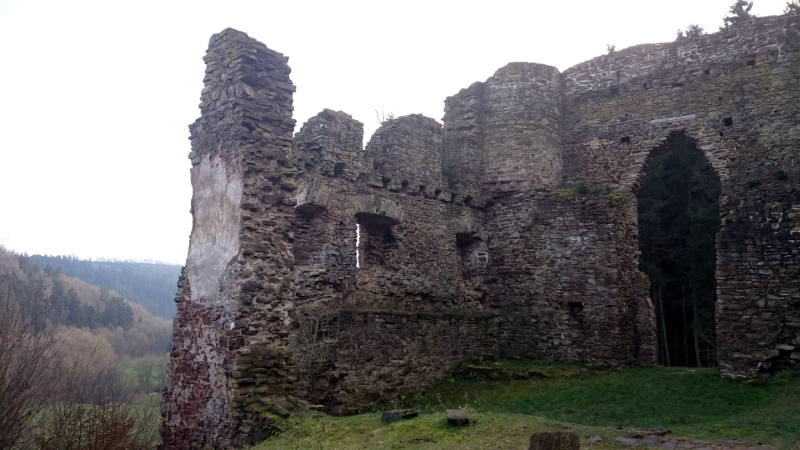 Wandeling naar Burg Neublankenheim